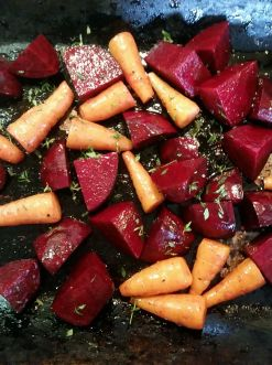 roasted-beetroot-and-carrots